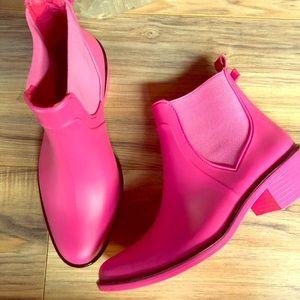 Kate Spade Sedgwick pink rubber rain booties